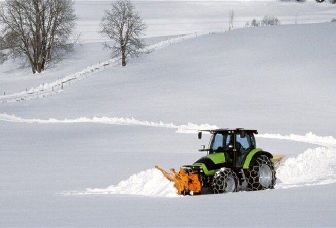 Минитрактор – незаменимый помощник зимой
